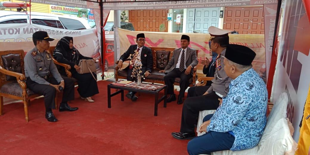 Kunjungan Wakil Walikota Padang
