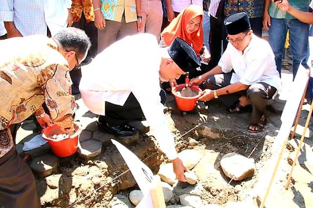 Wali Kota Letakan Batu Pertama Perluasan Pembangunan Masjid Raya Durian Taruang